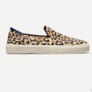 Rothys slip-on sneaker in Camo Cat Size 8.5